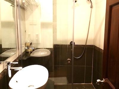 ducvuong2hotel01